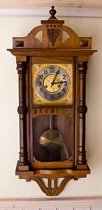 Antiques Antikviteter i Lapland gammal klocka old clock