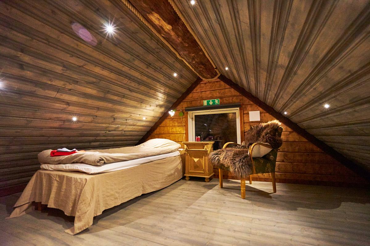 Viking-Cabin-loft-Lapland-Guesthouse