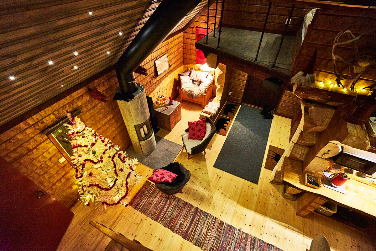 Viking-Cabin-main-room-2-Lapland-Guesthouse