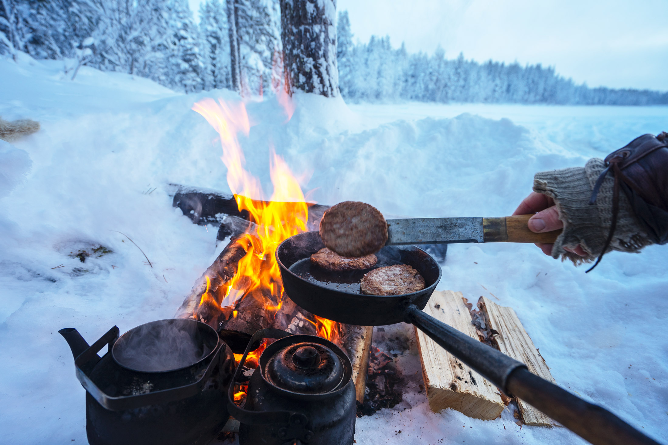 Campfire lunch lapland